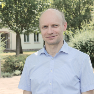 Dr. Ralf Steinhausen